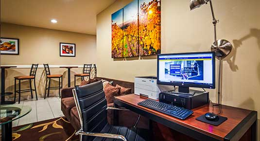 hotel in Vacaville CA - business center