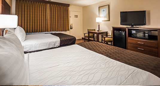 hotel in Vacaville CA - two beds for the whole family